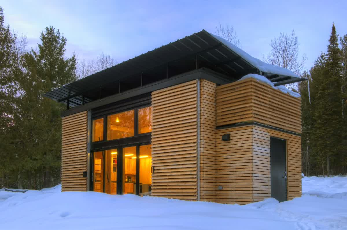 Image of: Astonishing small modern prefab homes ideas