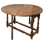 Gate Leg or Drop Leaf Table