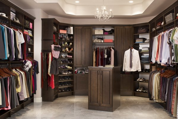 Image of: Large walk in closets