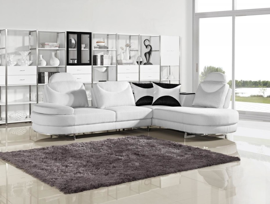 Picture of: Modern Small Sectional Sofa