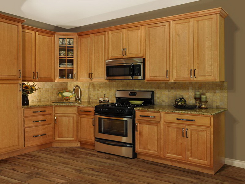 Image of: Oak cabinets Color Ideas