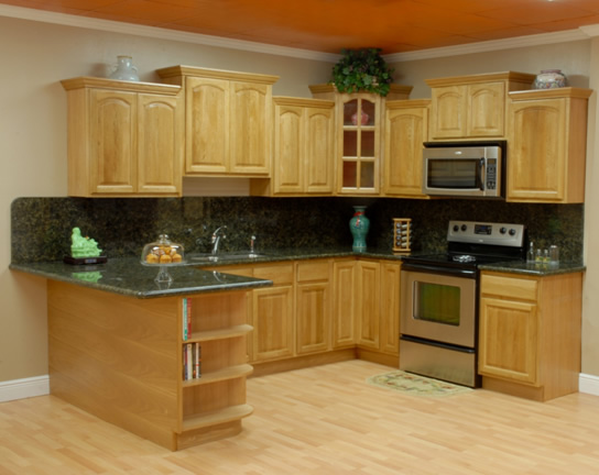 Image of: Oak cabinets kitchen
