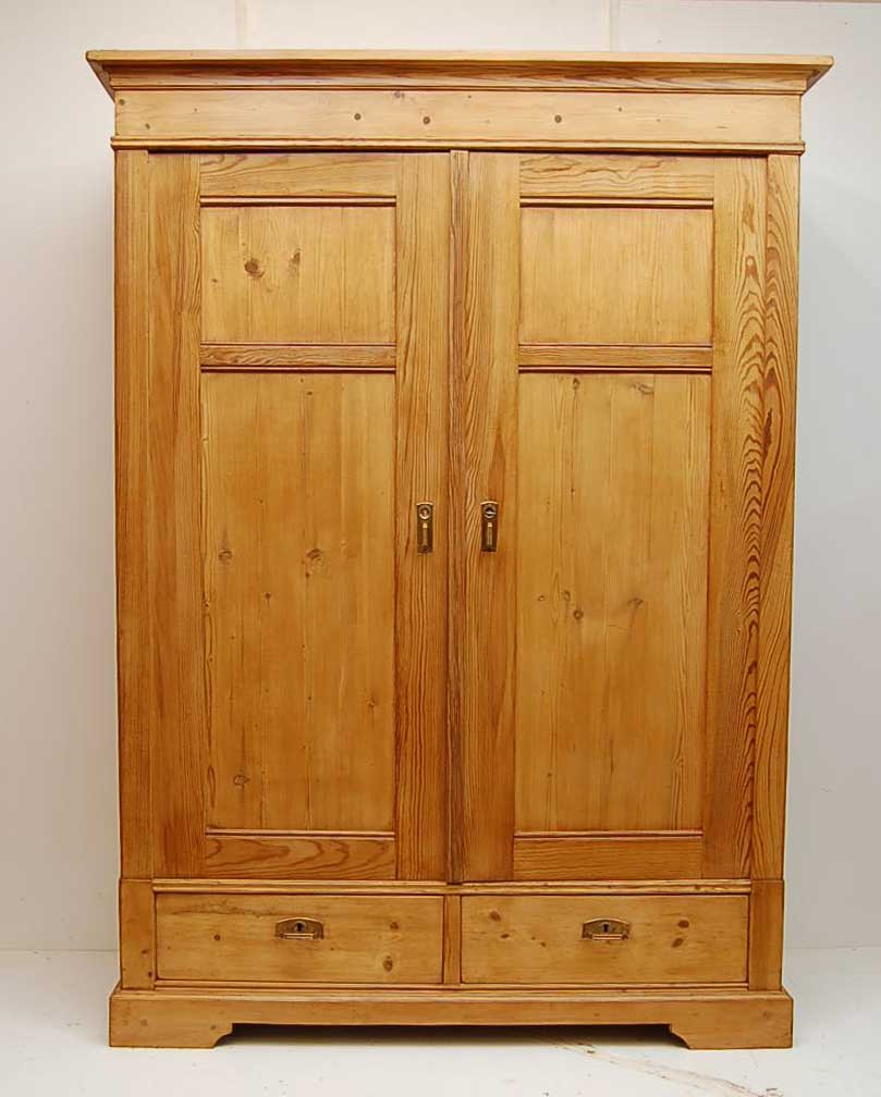Picture of: Pine Wardrobes Closet
