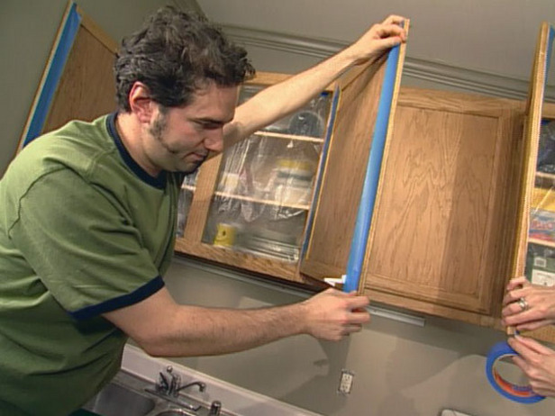 Picture of: kitchen cabinet refinishing tips