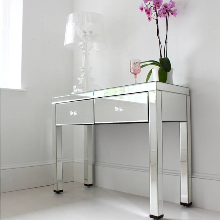 Picture of: original mirrored vanity table
