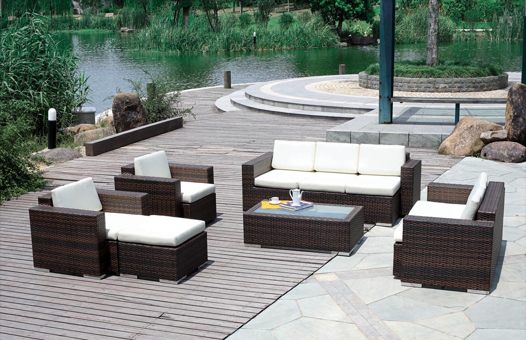 Image of: outdoor rattan furniture