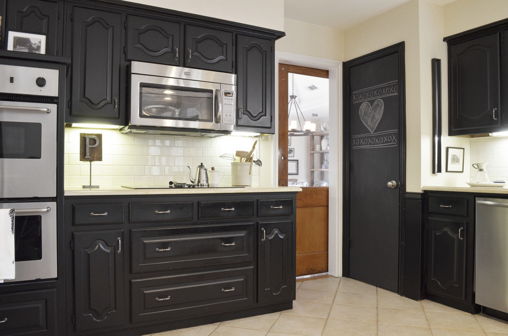 Image of: Chalk Paint Kitchen Cabinets design