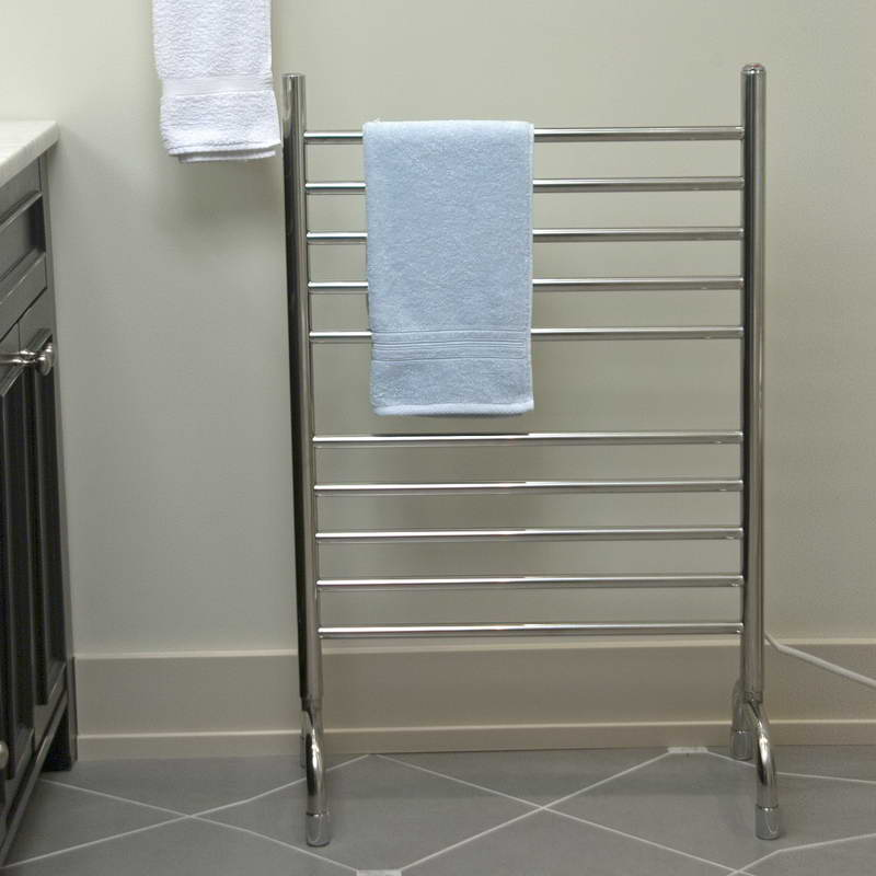 Image of: bathroom free standing towel rack