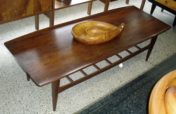 Picture of: great mid century modern coffee table