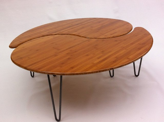 Picture of: Latest mid century modern coffee table