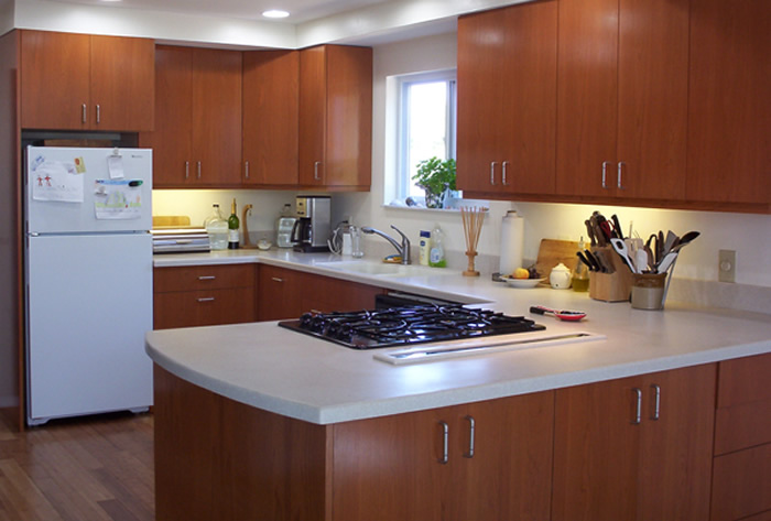 Picture of: refinish kitchen cabinets cost