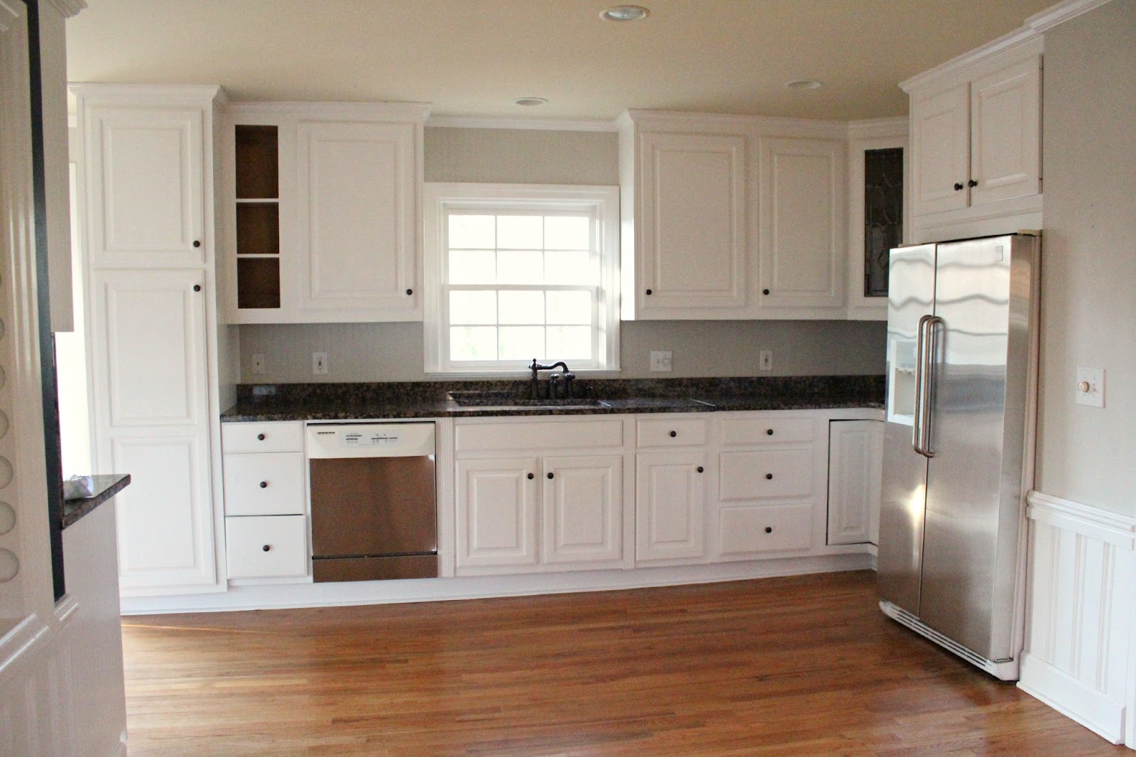 Picture of: refinish kitchen cabinets white