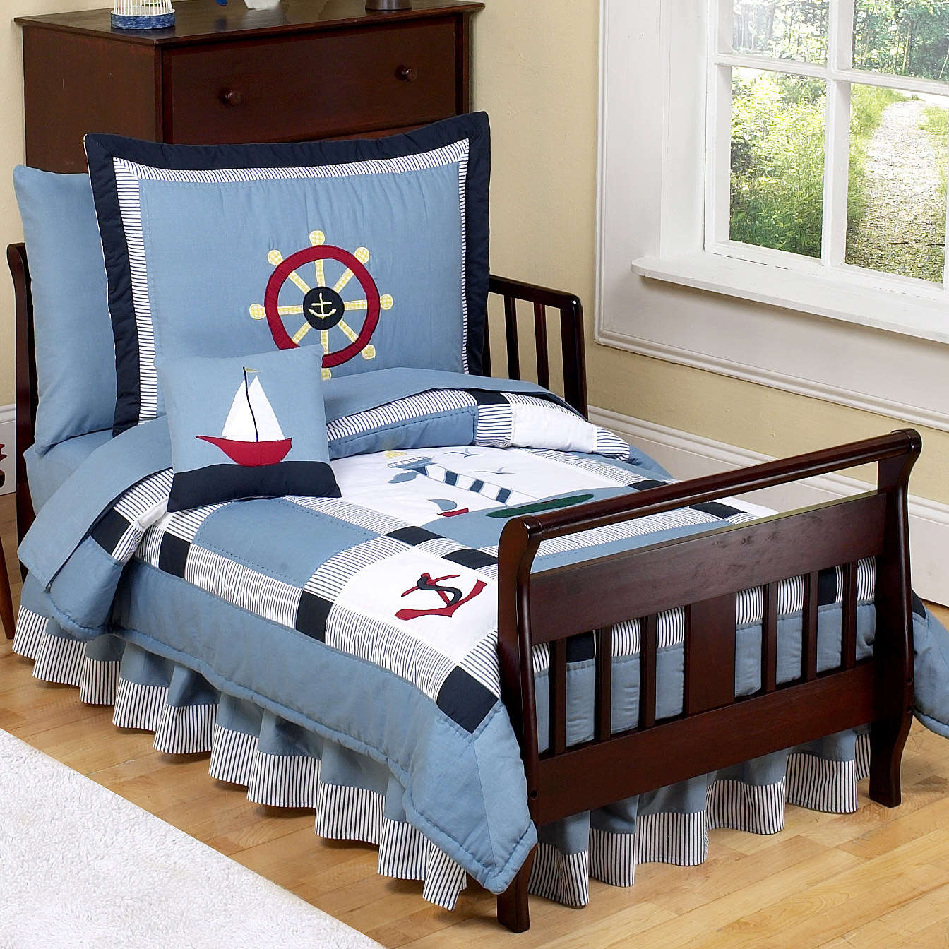Image of: Amazing Nautical Nursery Bedding