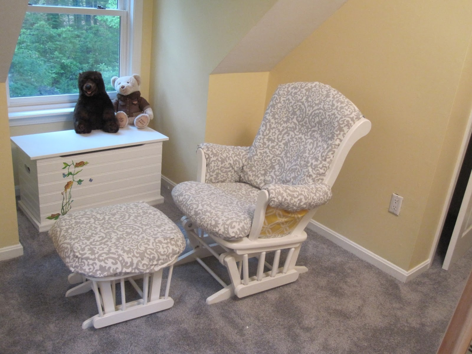 Picture of: Amazing Nursery Glider