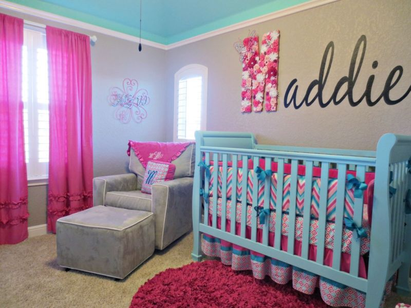 Image of: Aqua and Pink Nursery Ideas