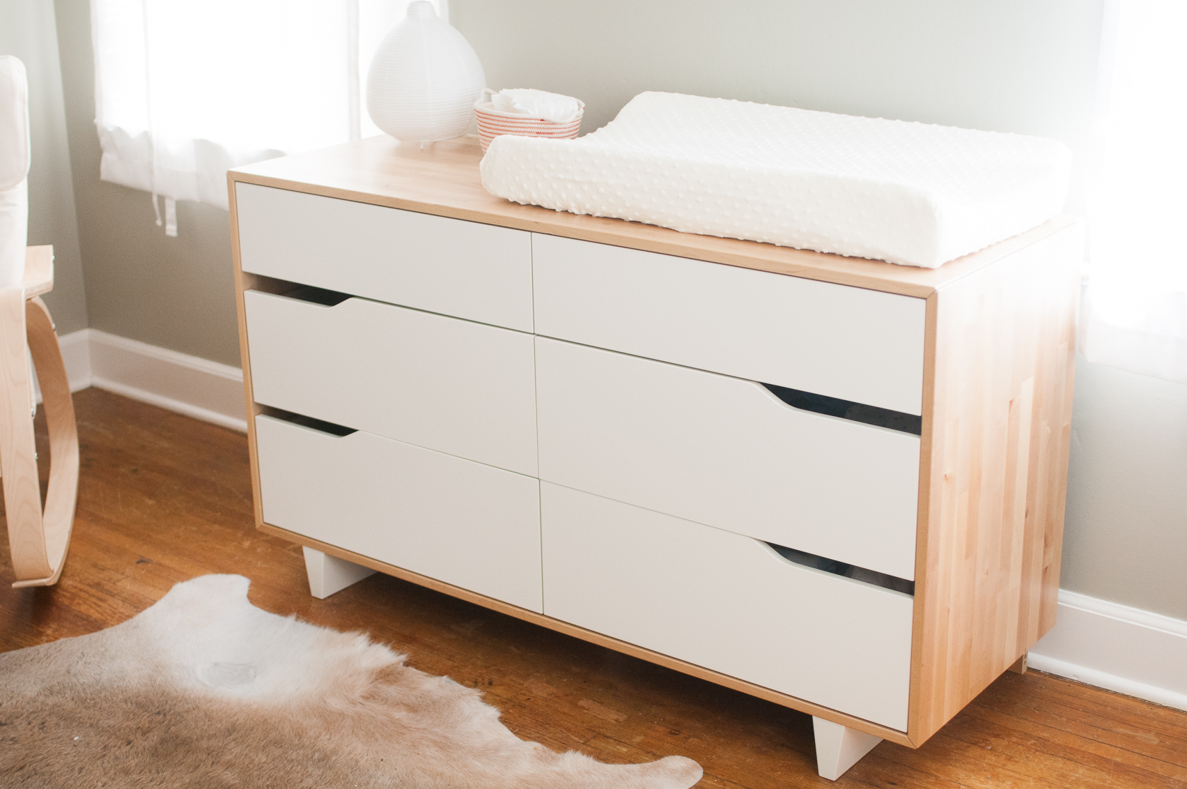 Image of: Beauty White Dresser for Nursery