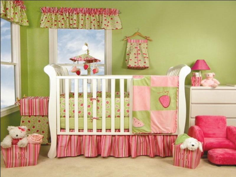 Image of: Baby Girl Nursery Themes Decor