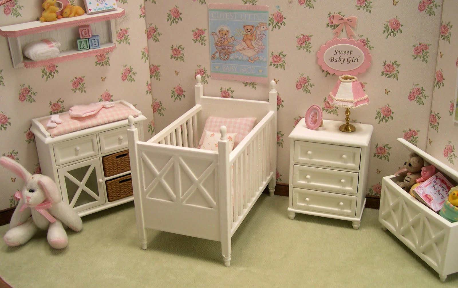 Image of: Baby Nursery Furniture Sets guest