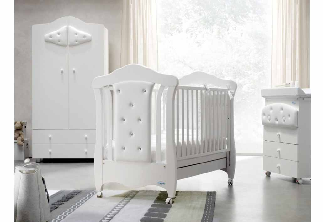 Image of: Baby Nursery Furniture Sets white