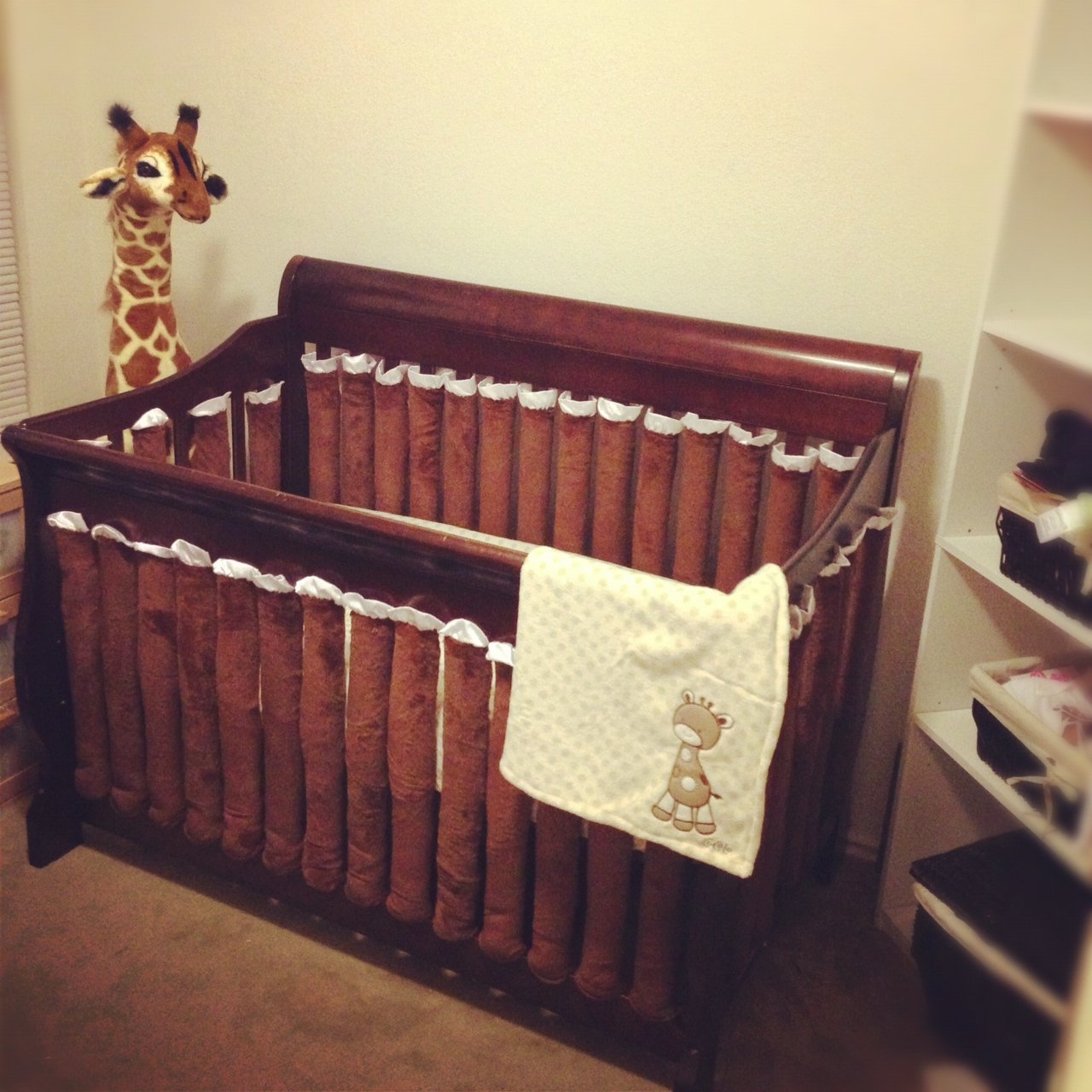 Image of: Giraffe Nursery Inspirations