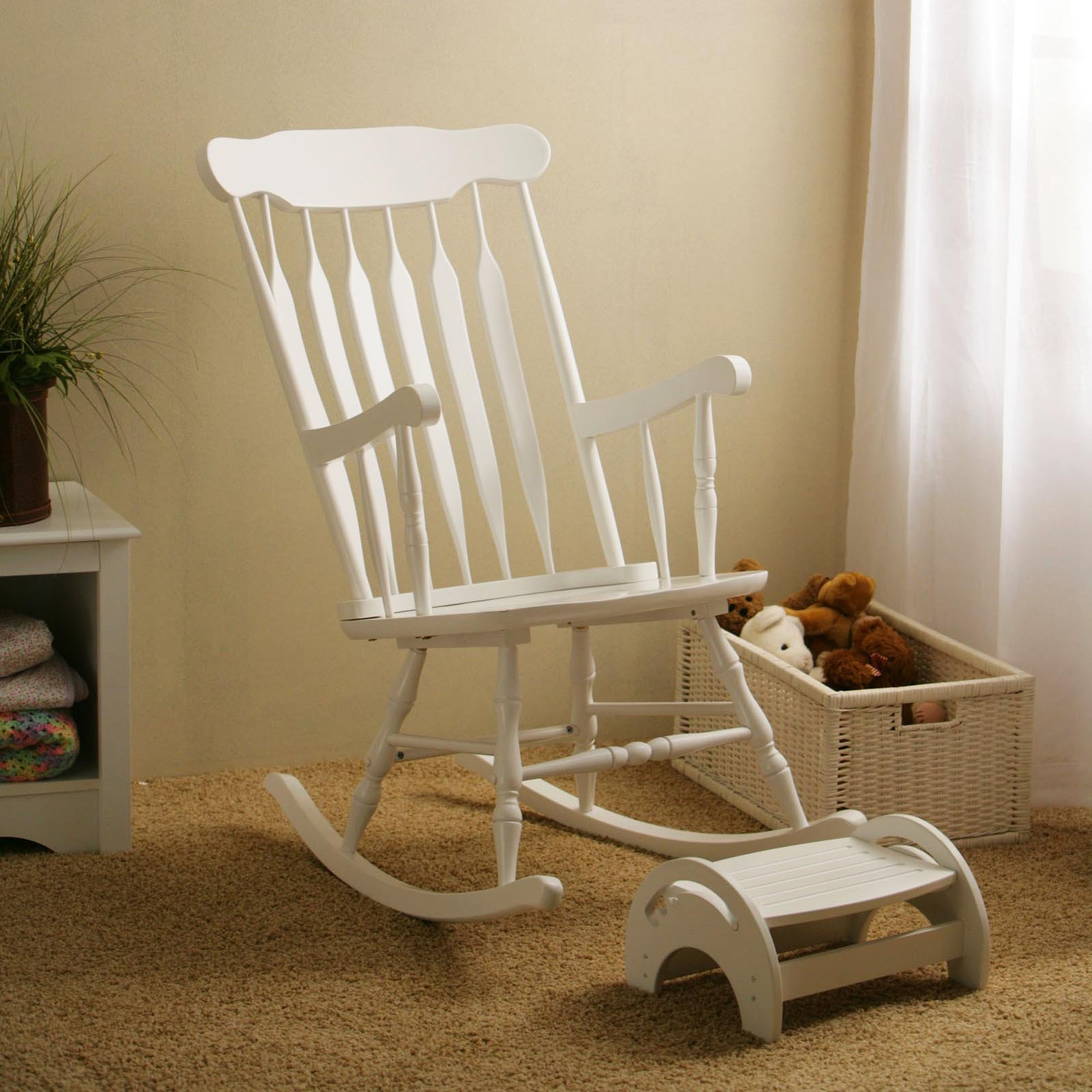 Picture of: Glider Rockers for Nursery in the Bed design