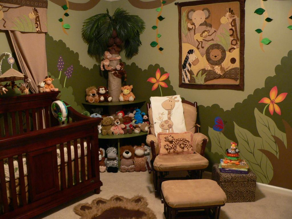 Picture of: Gorgeous Jungle Theme Nursery