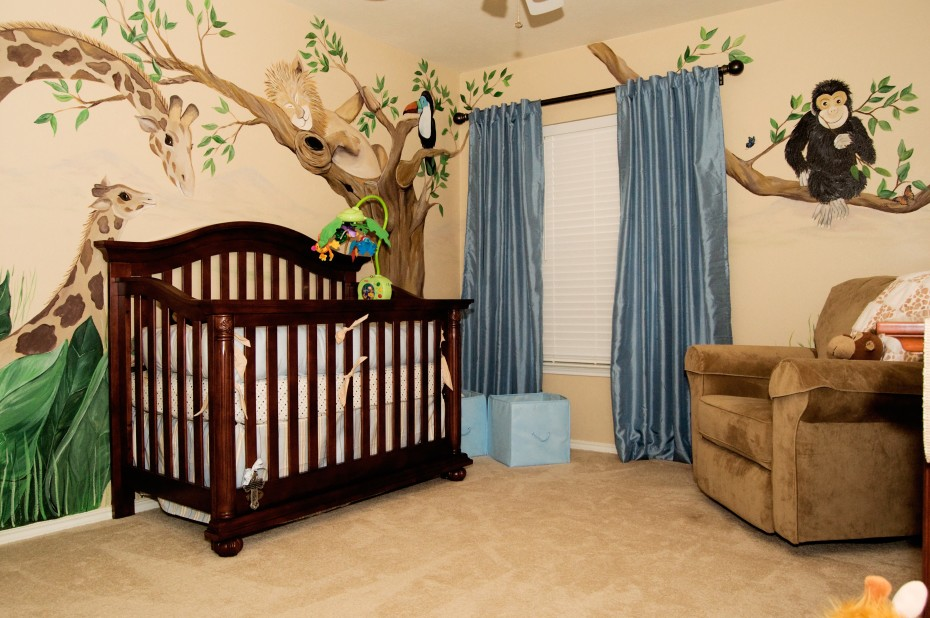 Picture of: Image of Jungle Theme Nursery