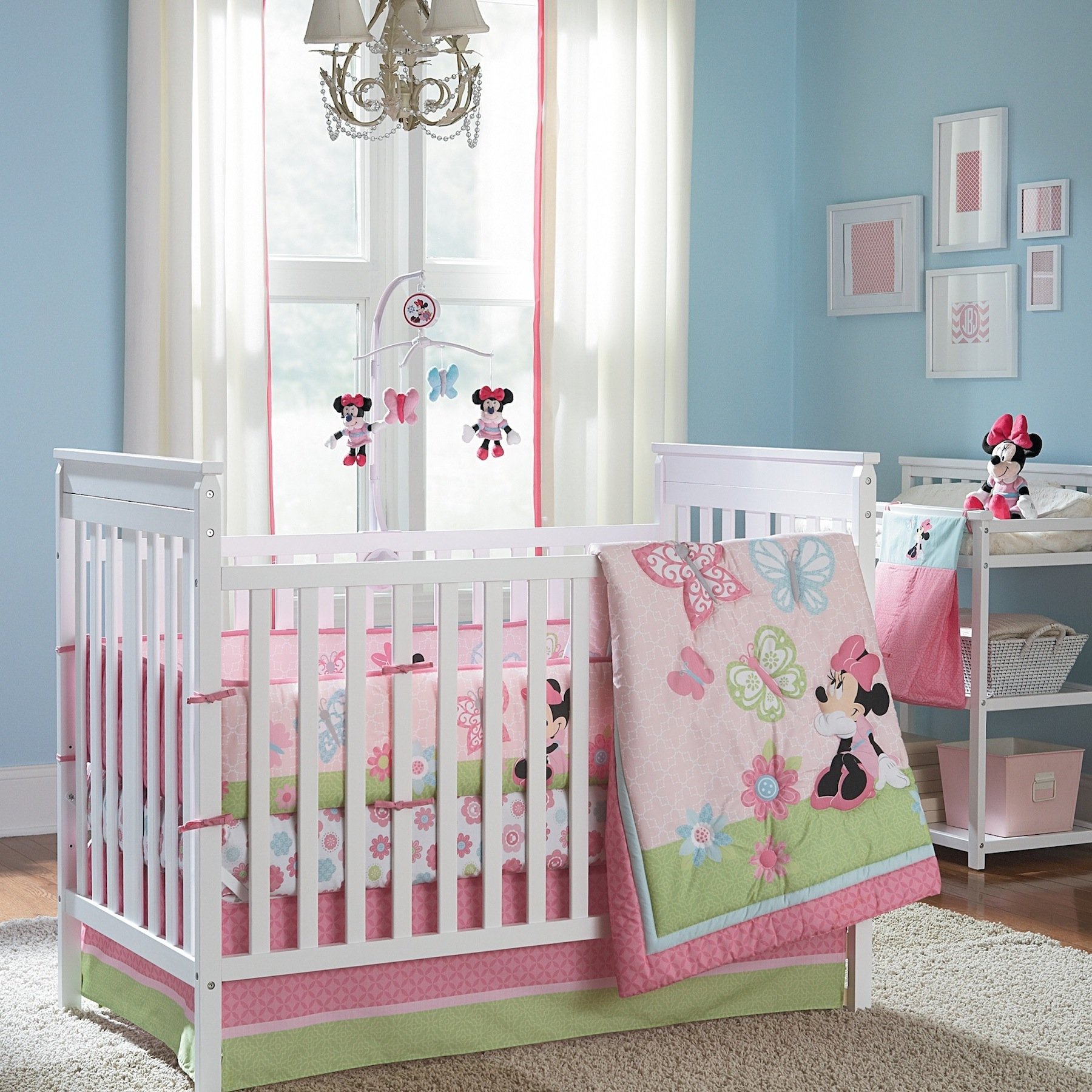 Picture of: Nice Minnie Mouse Nursery