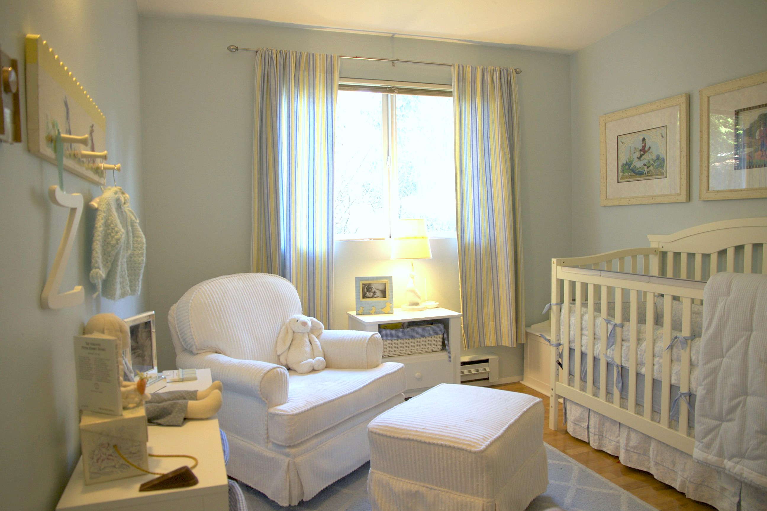 Picture of: Peter Rabbit Nursery yellow