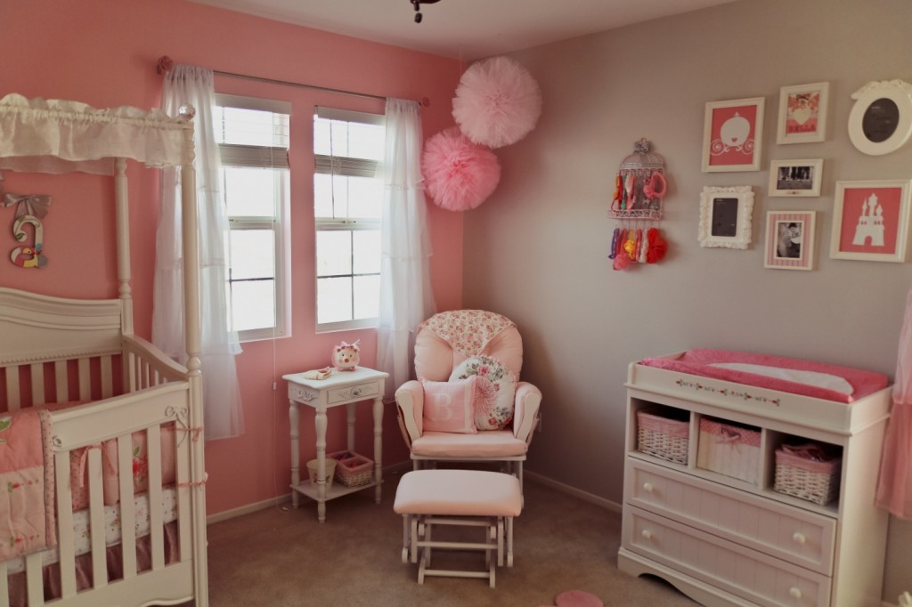 Picture of: Pretty Shabby Chic Nursery