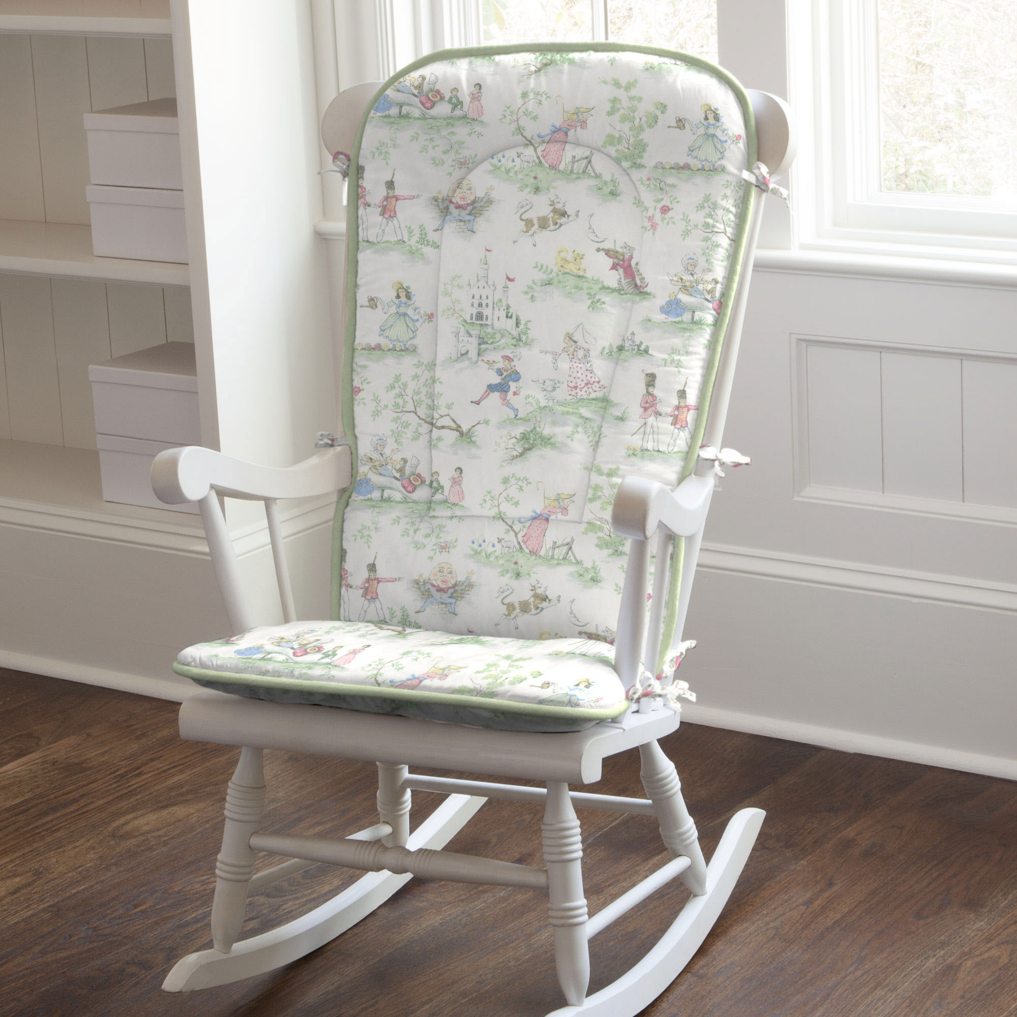 Image of: Rocking Chair for Nursery Adult