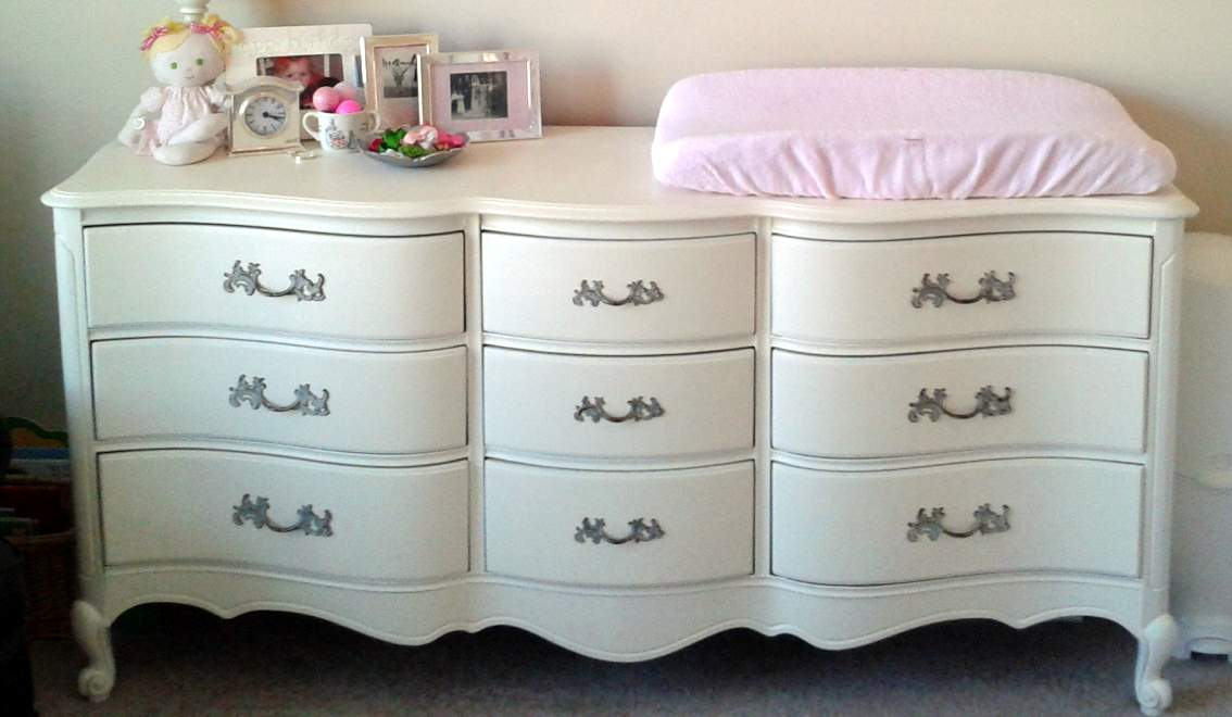 Image of: White Dresser for Nursery Diy
