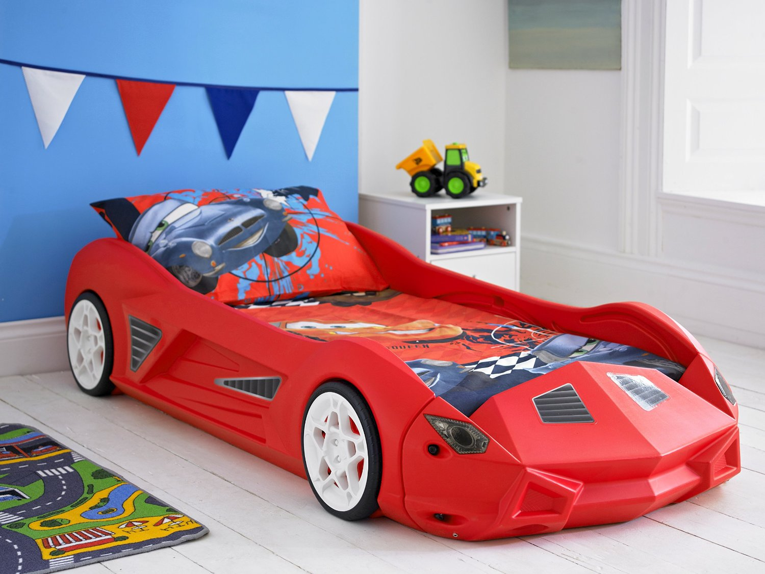 Picture of: Picture of Race Car Toddler Bed