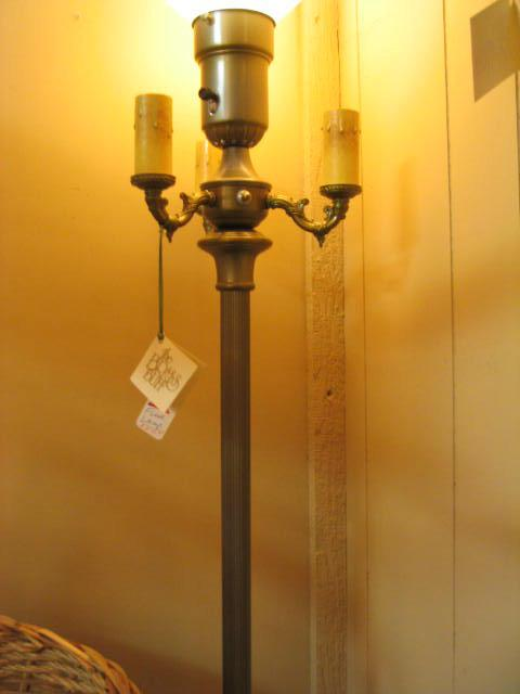 Image of: Antique Floor Lamps Uk