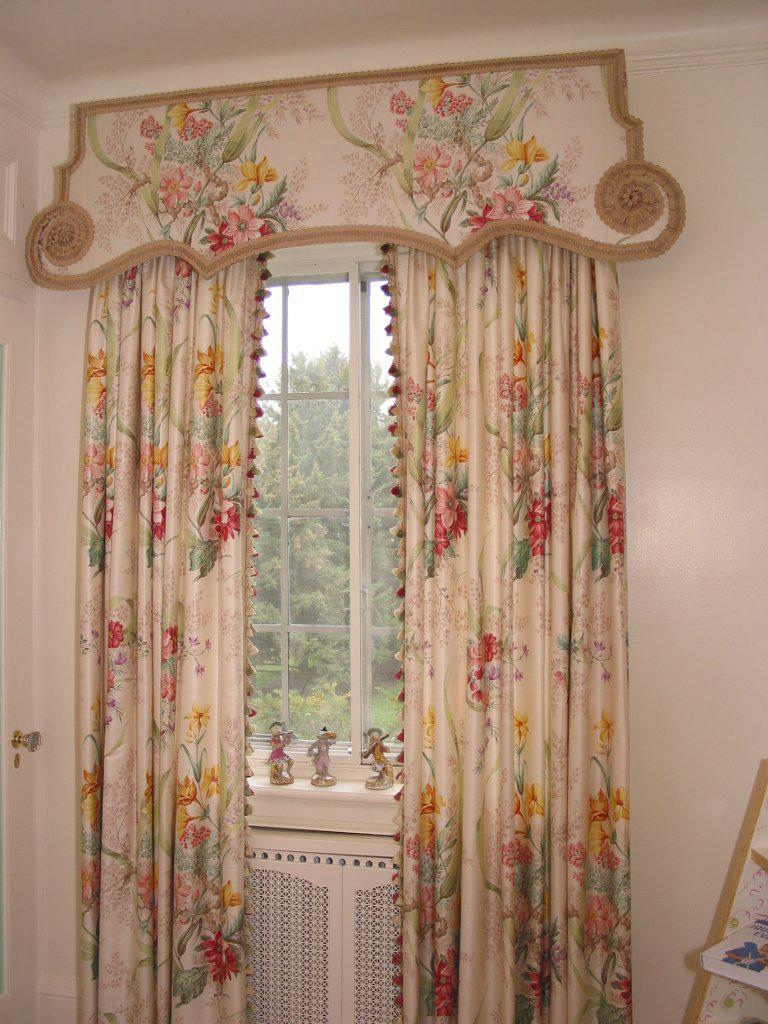 Image of: Window Cornice Brackets