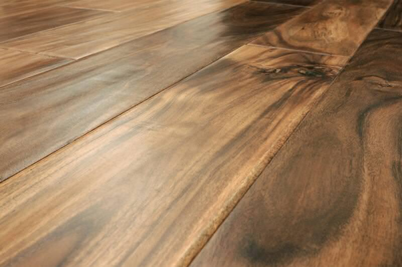 Picture of: Acacia Wood Flooring Vs Oak