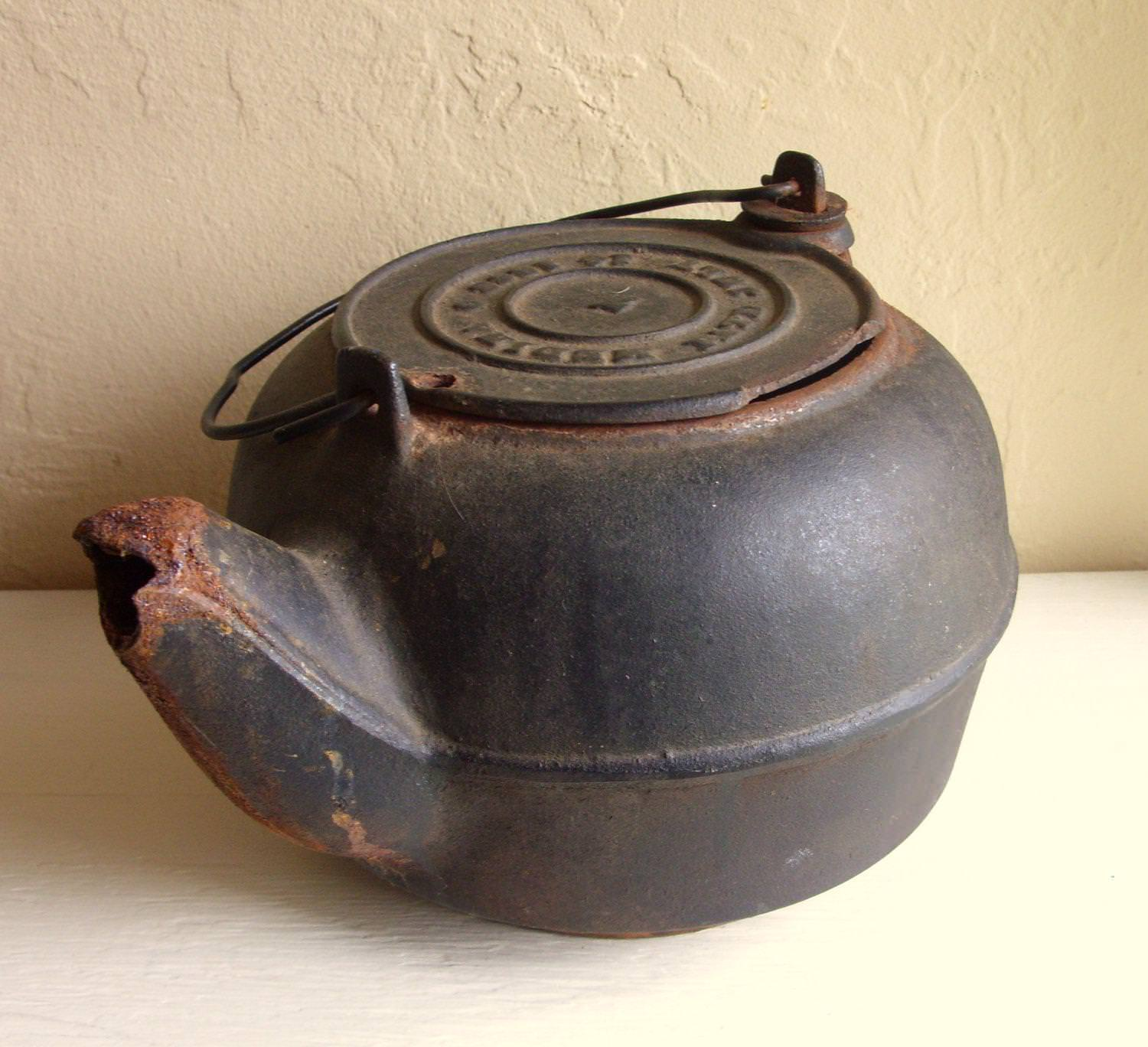 Image of: Antique Cast Iron Biscuit Pan