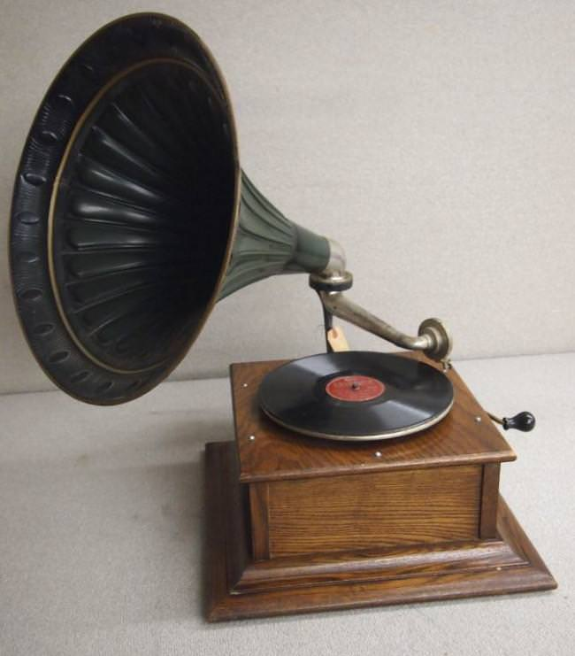 Image of: Antique Record Player Cabinet For Sale