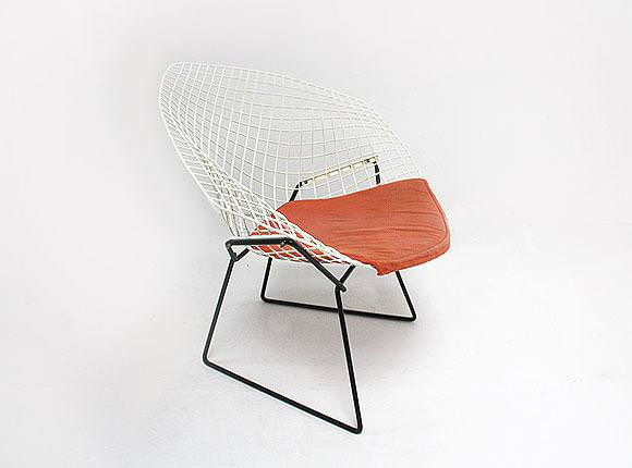 Image of: Bertoia Chair Repair