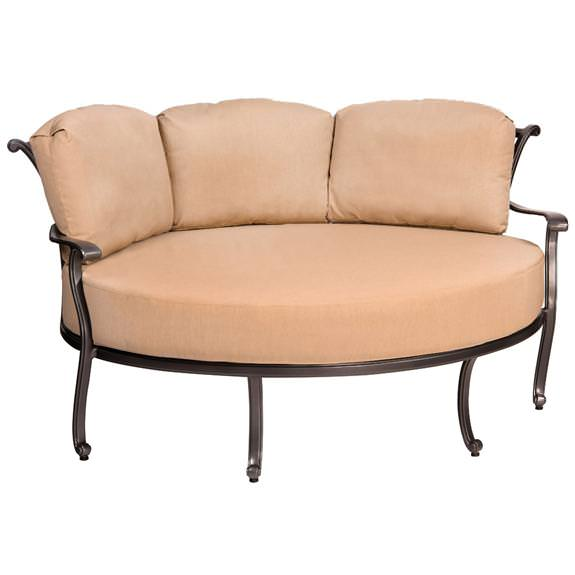 Image of: Cuddle Chair Outdoor