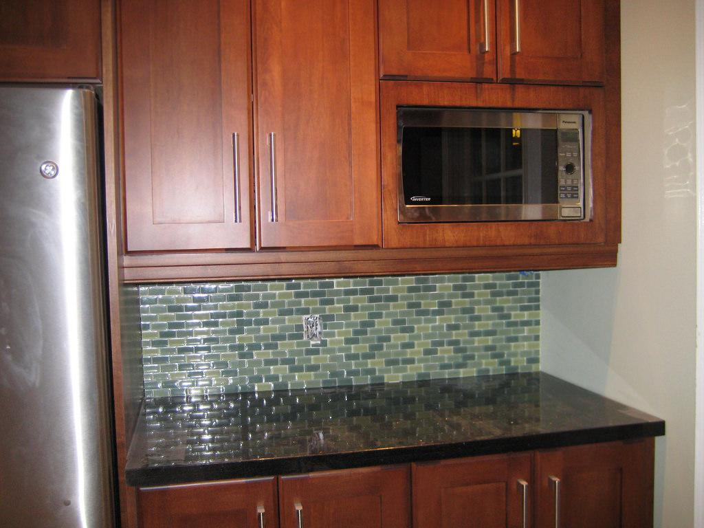 Image of: Glass Subway Tile Sheets
