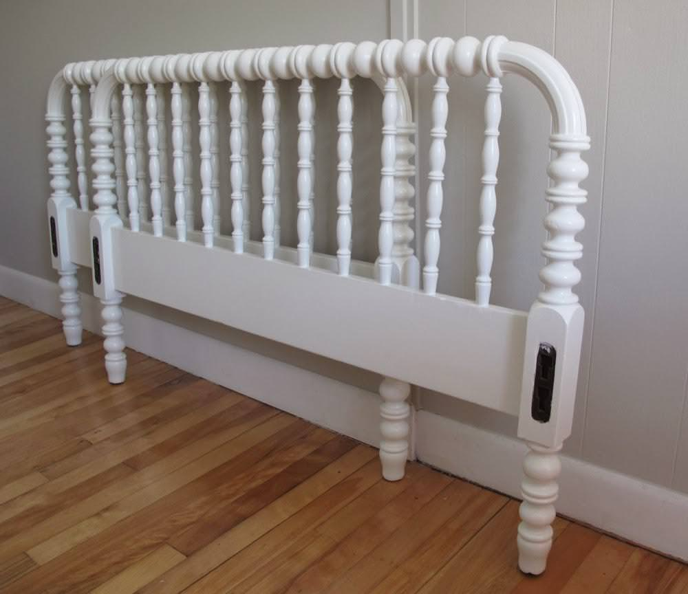 Image of: Jenny Lind Bed King