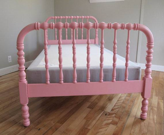 Image of: Jenny Lind Bed Land Of Nod