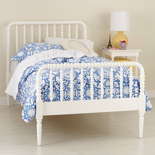 Image of: Jenny Lind Bed Pink