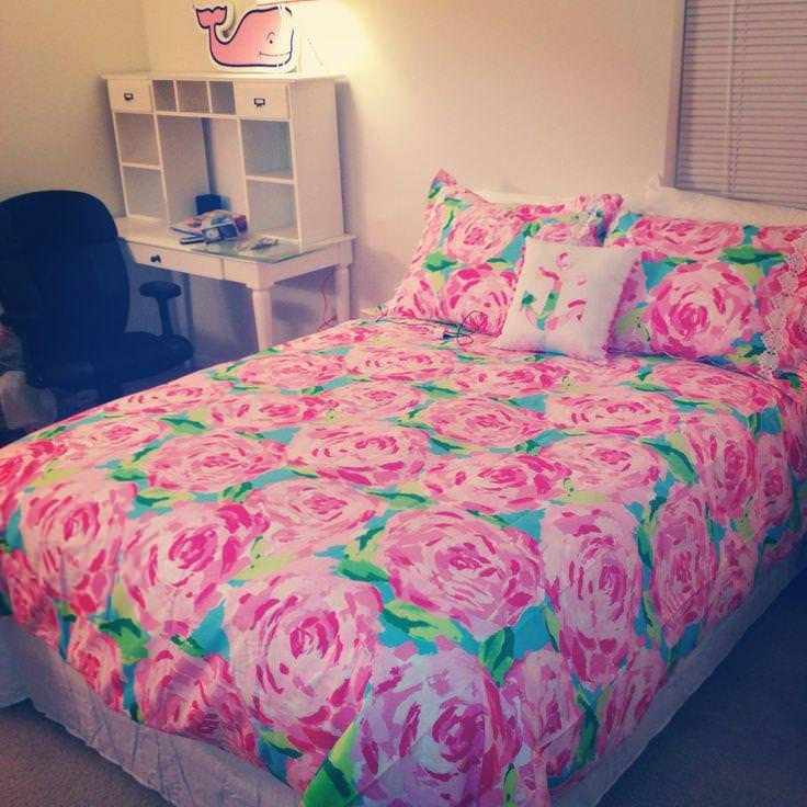 Image of: Lilly Pulitzer Bedding Queen