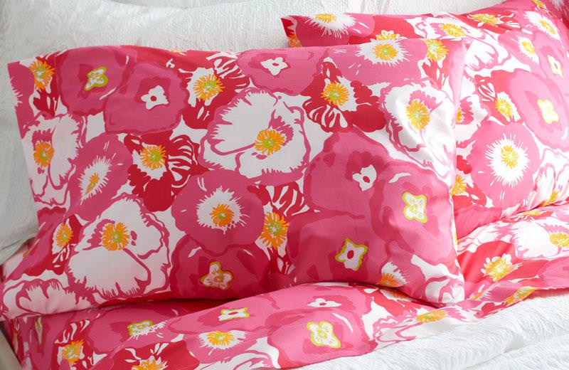 Image of: Lilly Pulitzer Bedding Sets