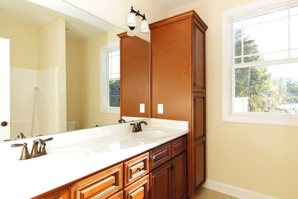 Image of: Luna Pearl Granite Kitchen Countertops