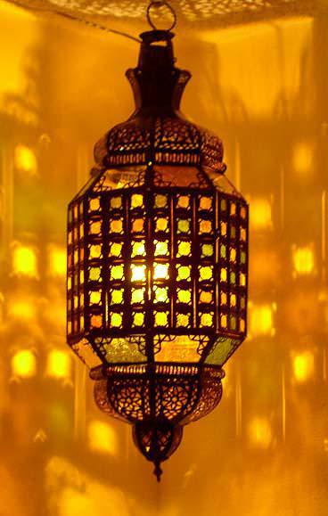 Picture of: Moroccan Lanterns Wedding Centerpieces