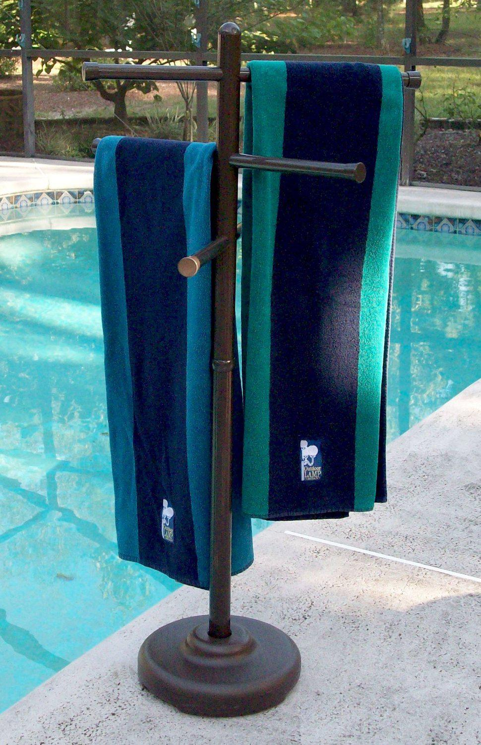 Picture of: Pool Towel Rack Diy