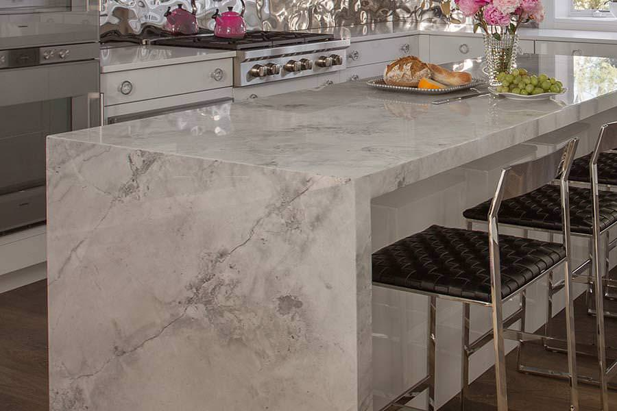 Picture of: Quartzite Countertops Taj Mahal